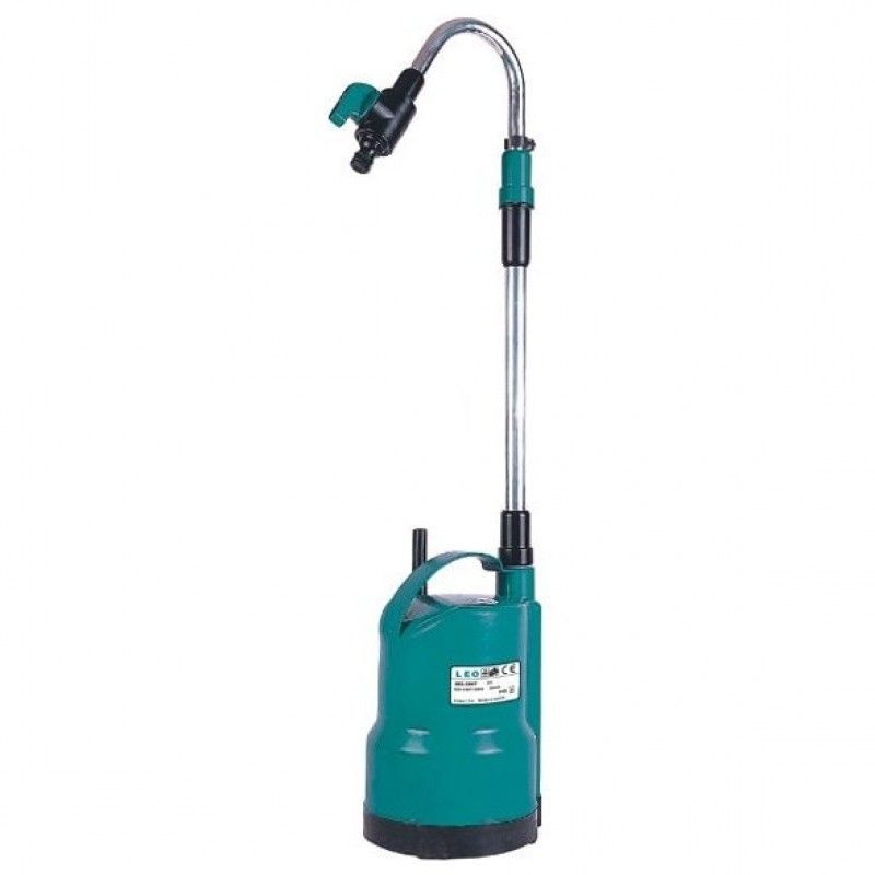 picture of a waterbutt pump for pumping water in the garden